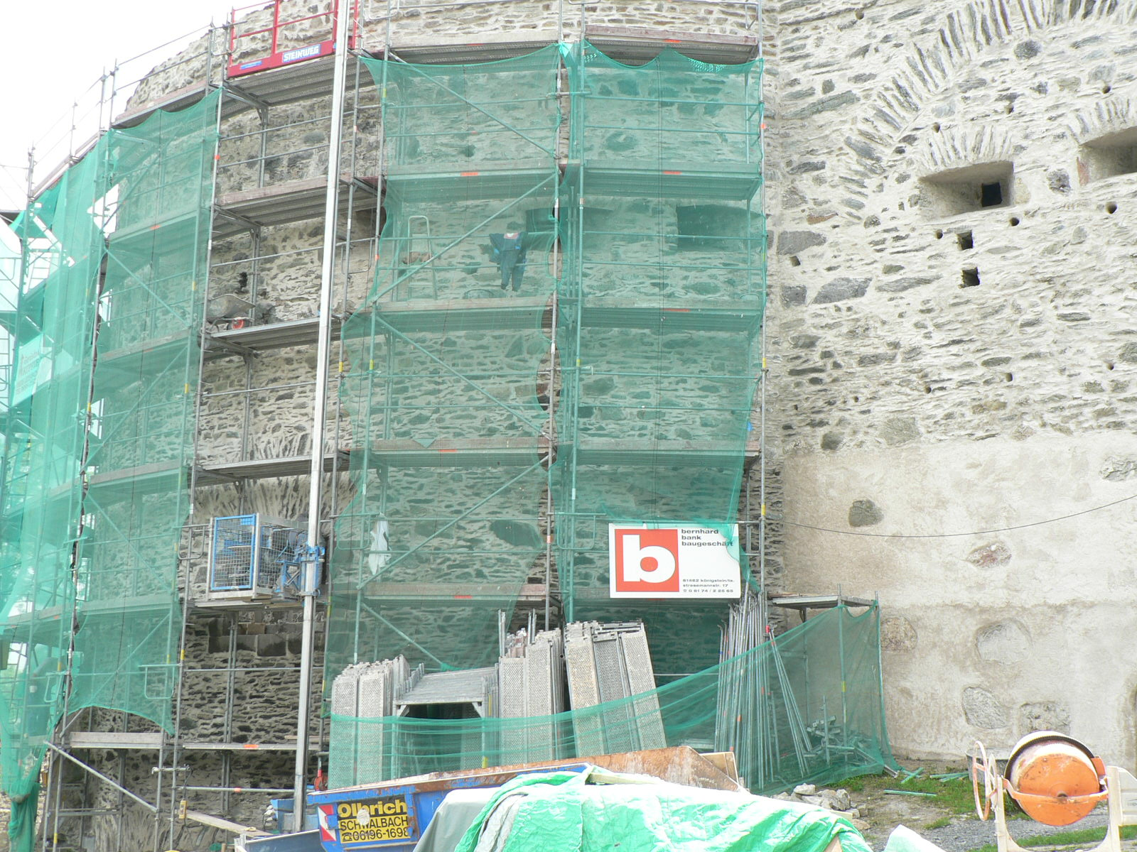 Burgruine Königstein/Ts. Mauerwerkssanierung