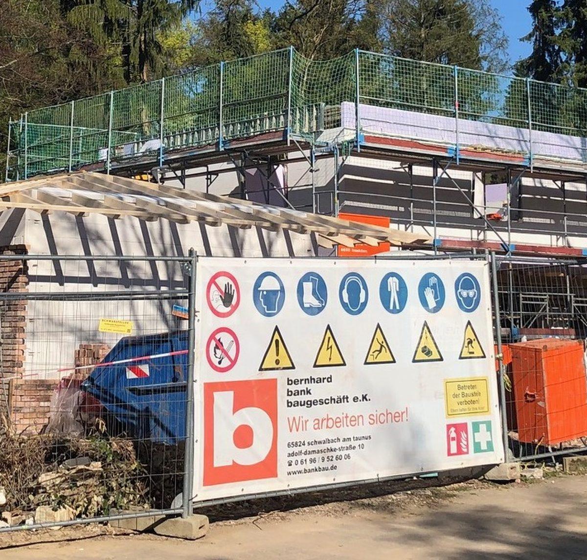 Bankbau - Neubau Villa mit Nebengebäuden in Königstein im Taunus