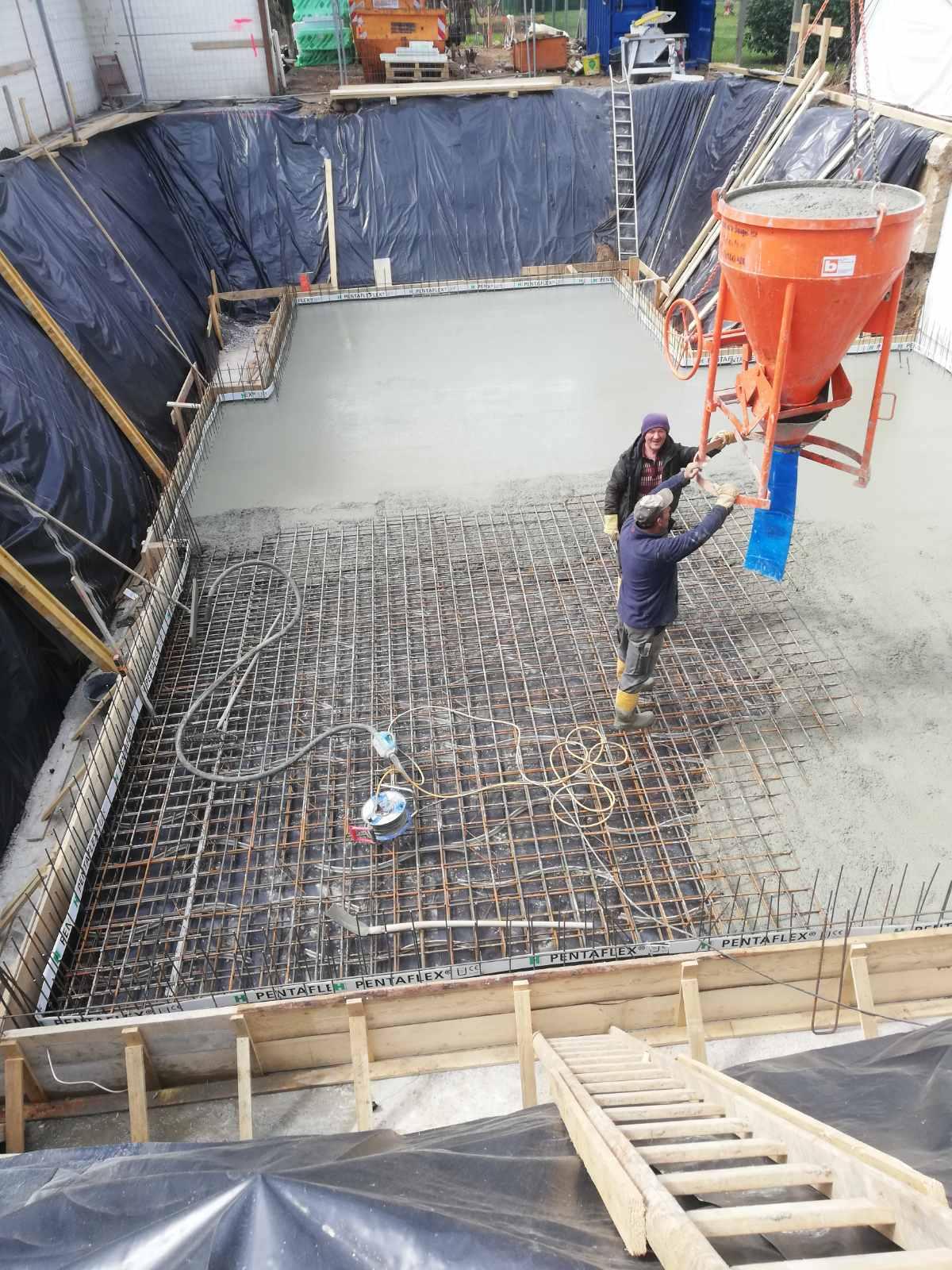 Neubau Einfamilienhaus mit wasserdichtem Kellergeschoss