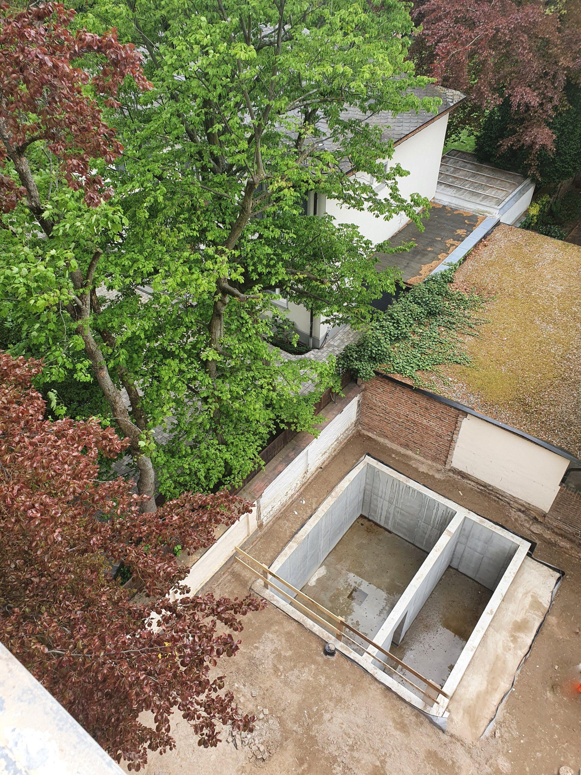 Unterfangung der Nachbargebäude und Rohbau für Stapelparker mit Technikraum, Frankfurt am Main